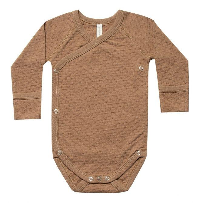 Pointelle Kimono Onesie Body brown - Quincy Mae