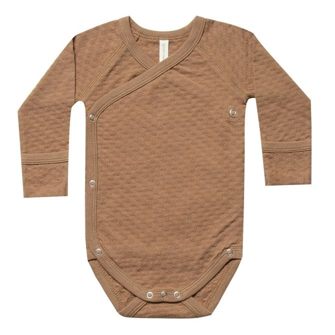 Pointelle Kimono Onesie Body brown - Quincy Mae